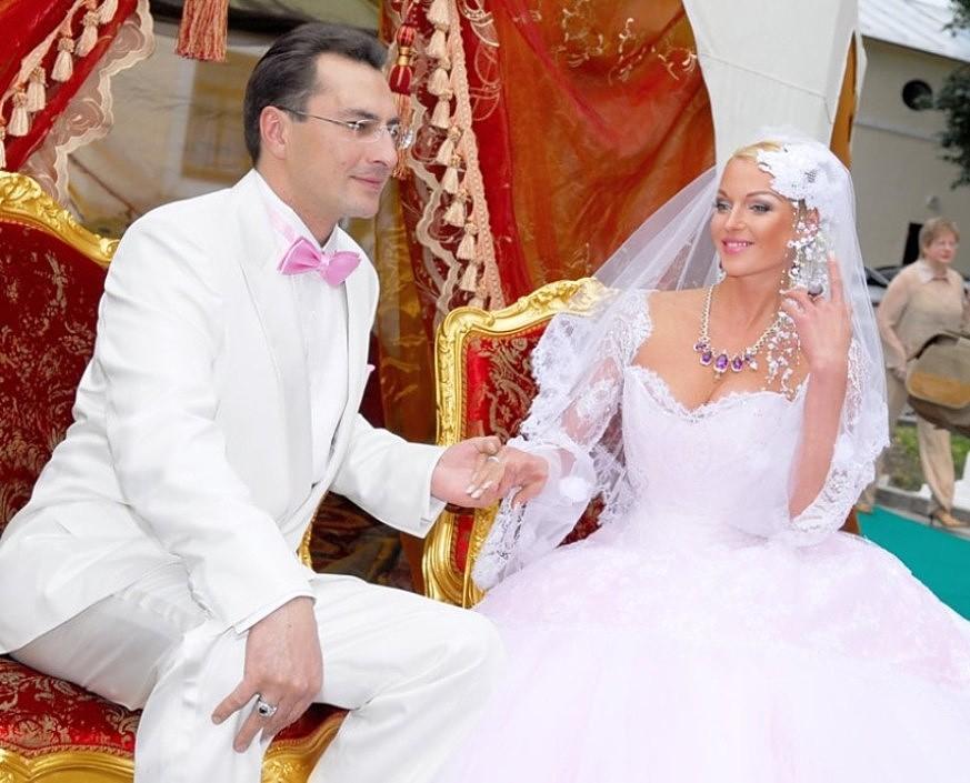 Свадьба балерины Анастасии Волочковой и бизнесмена Игоря Вдовина