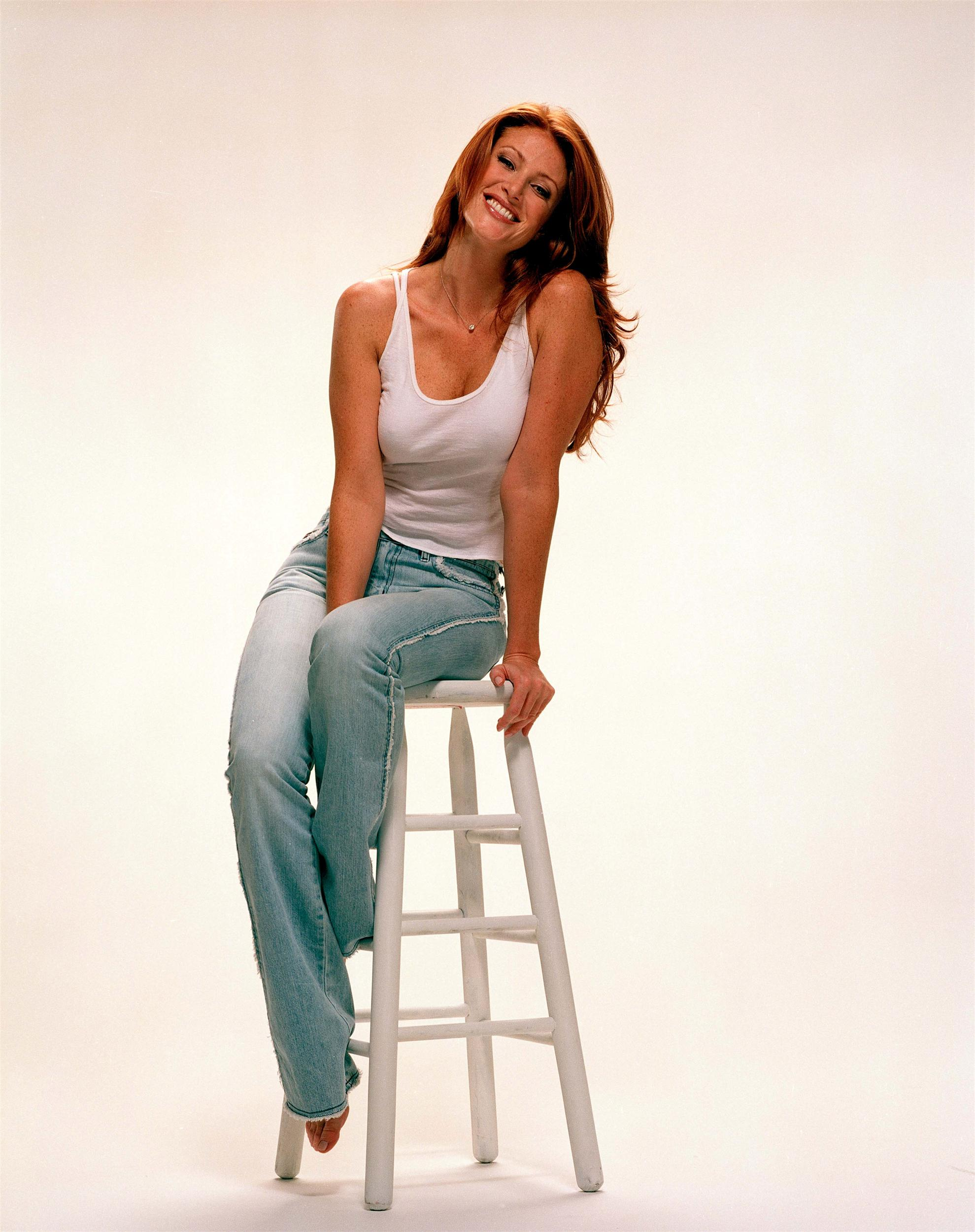 angie everhart howard stern