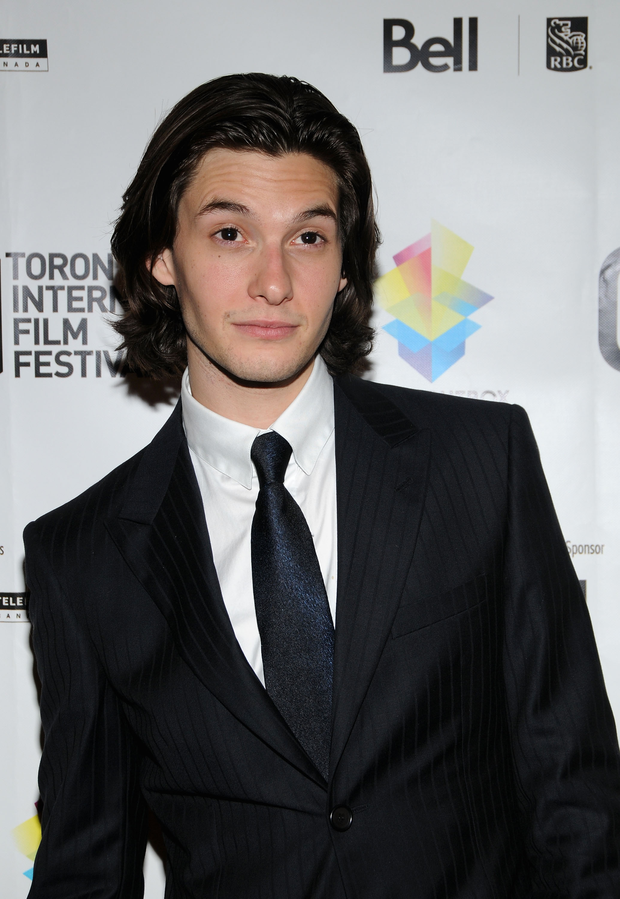 Бен Барнс - Ben Barnes фото №413900: http://www.theplace.ru/photos/photo.php?id=413900
