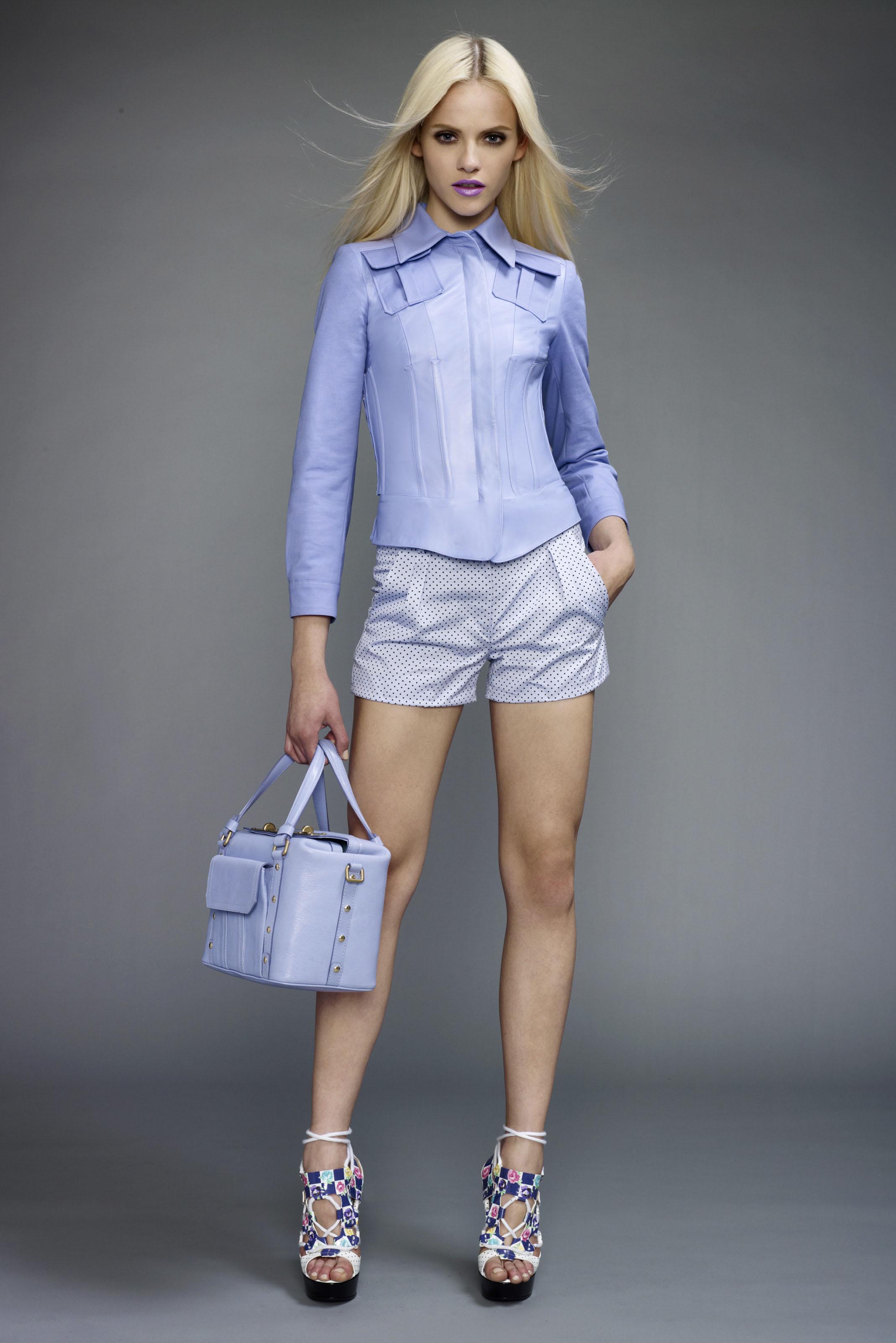 2011 особенно радует красочной обувью и запоминающимися сумками