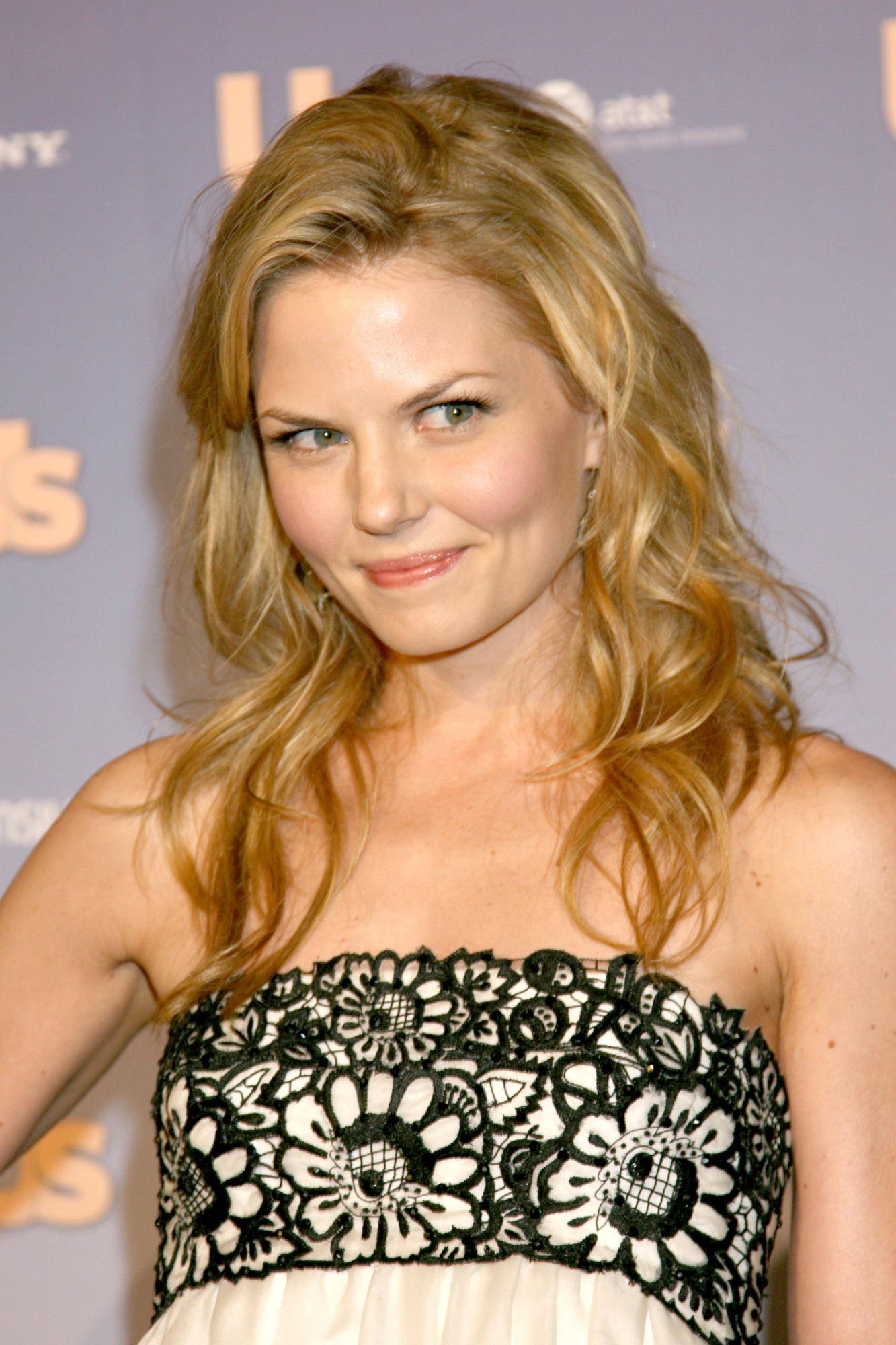Дженнифер Моррисон - Jennifer Morrison фото №166322: http://www.theplace.ru/photos/photo.php?id=166322