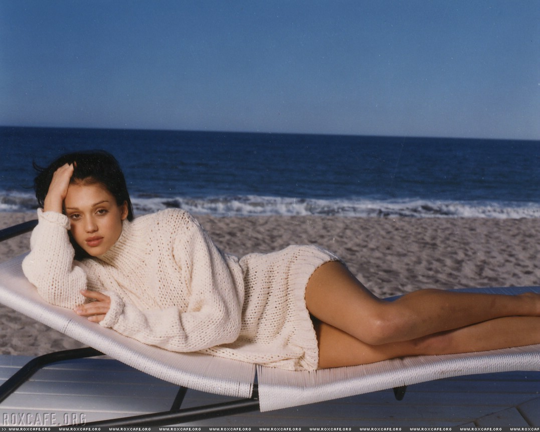 http://www.theplace.ru/archive/jessica_alba/img/85953_Jessica_Alba_1999_Tiger_Beat_Outtakes_01_551lo.jpg