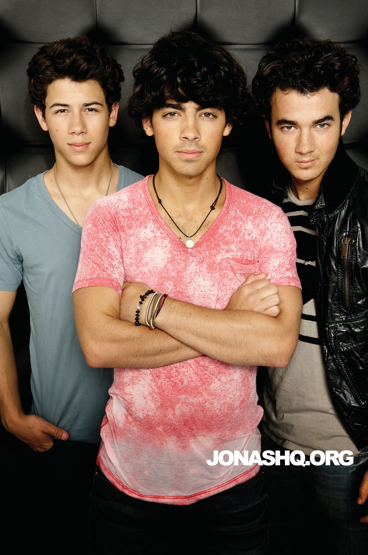 Jonas Brothers - слушать все песни бесплатно онлайн или скачать mp3.