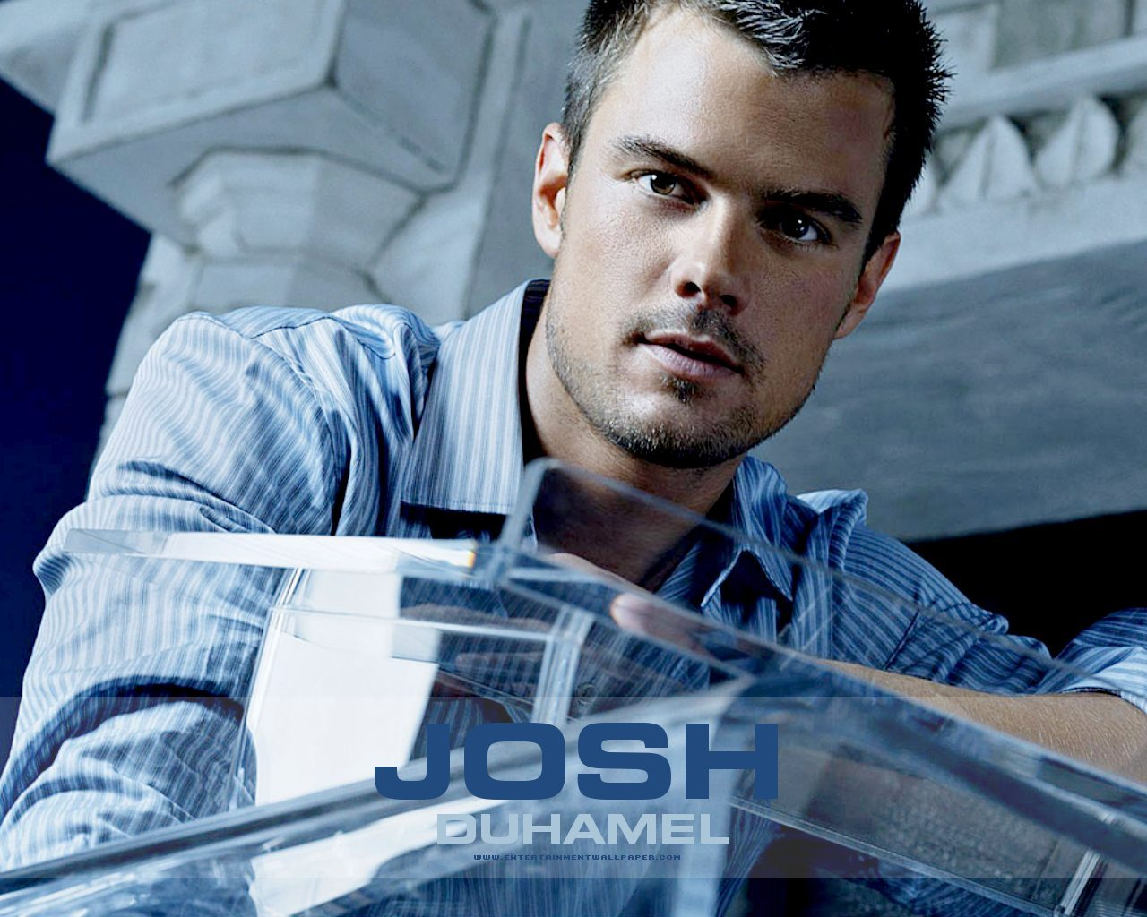 josh duhamel arrow