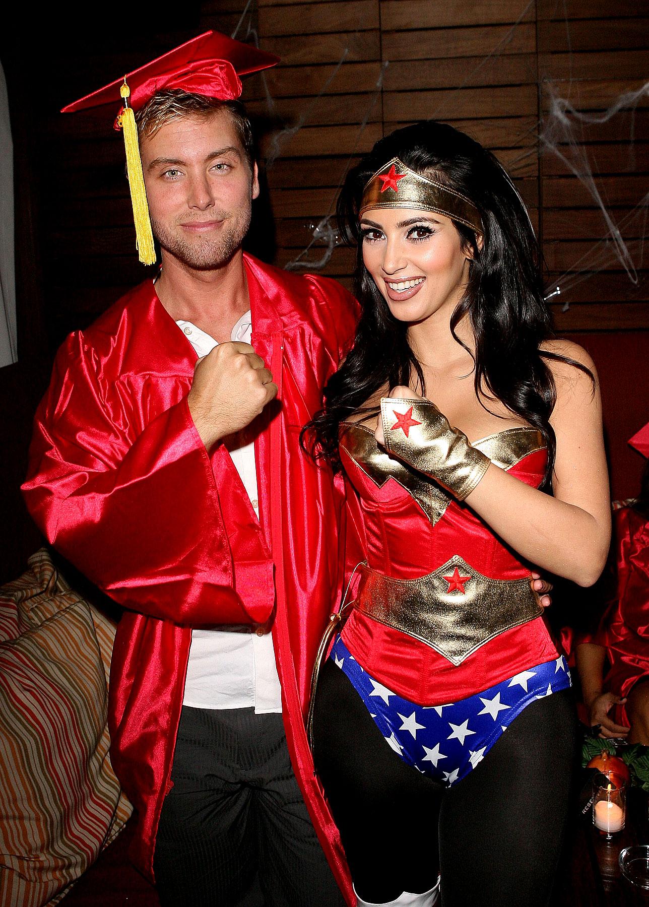 Объединились на вечеринке Хэллоуин 2008, хотя не совсем понятно