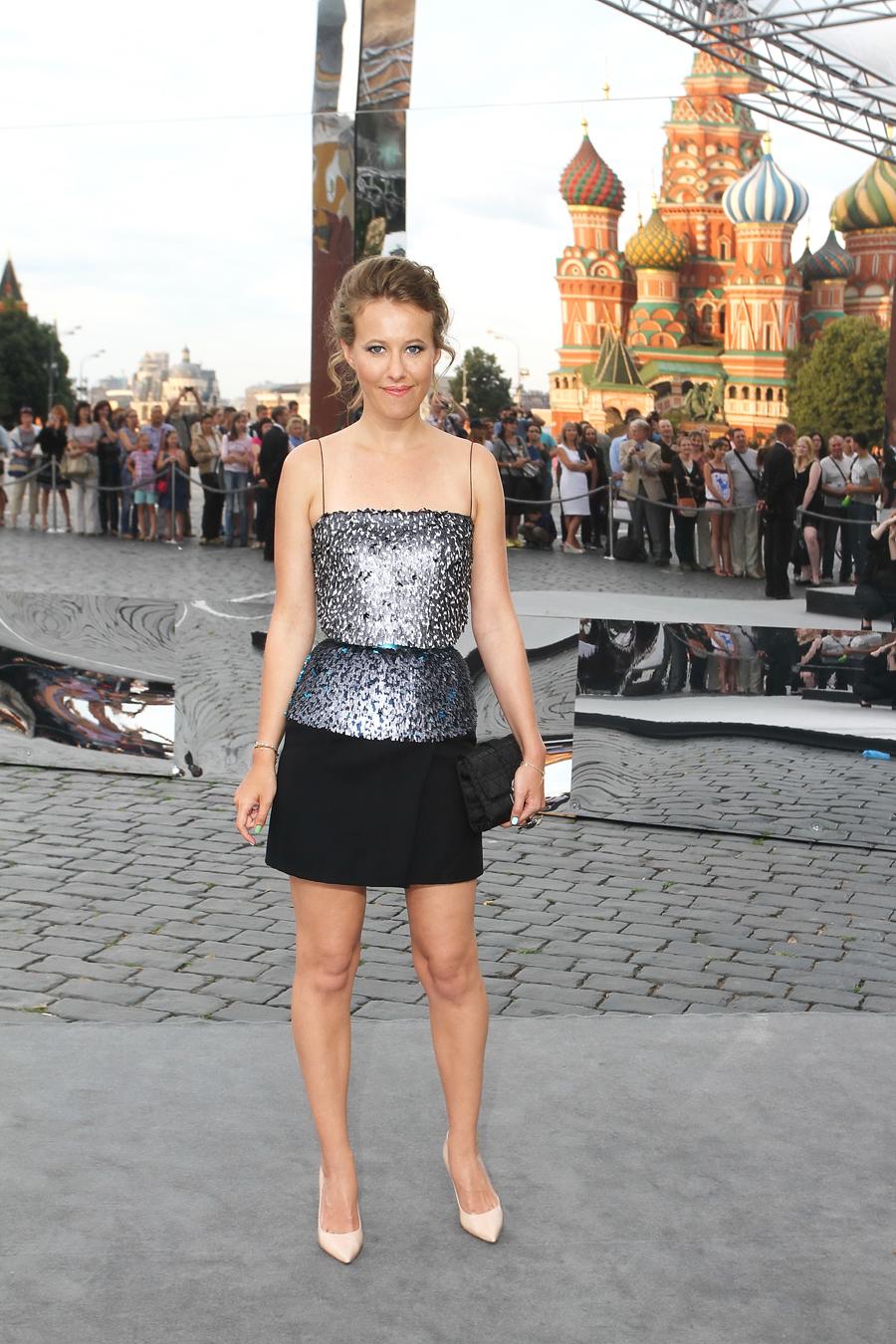 Фото звёзд русских в юбках 19 фотография
