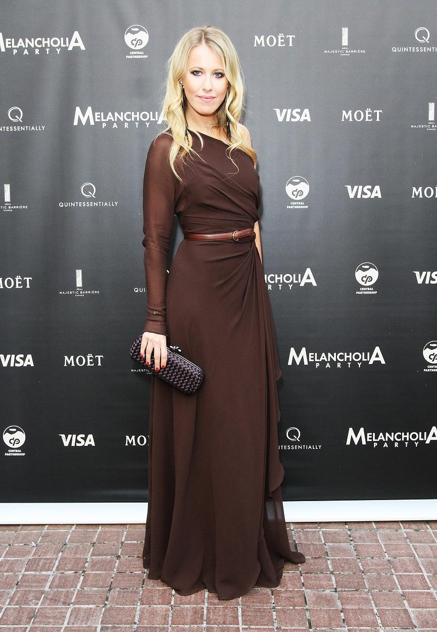 Сабчак в платье 2 фотография