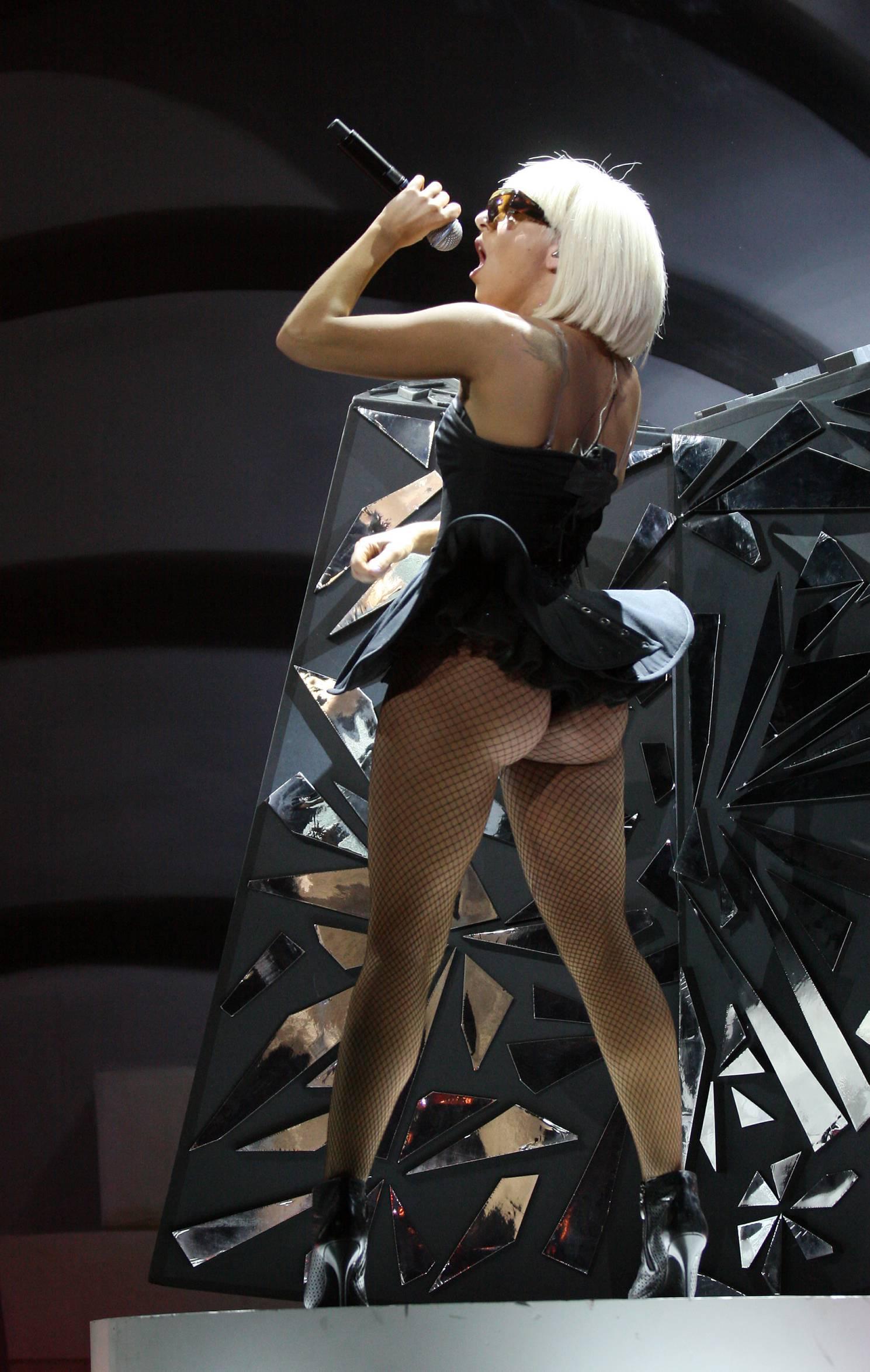 Исполнитель: Lady GaGa Альбом: Paparazzi Promo CDM Год выпуска: 2009