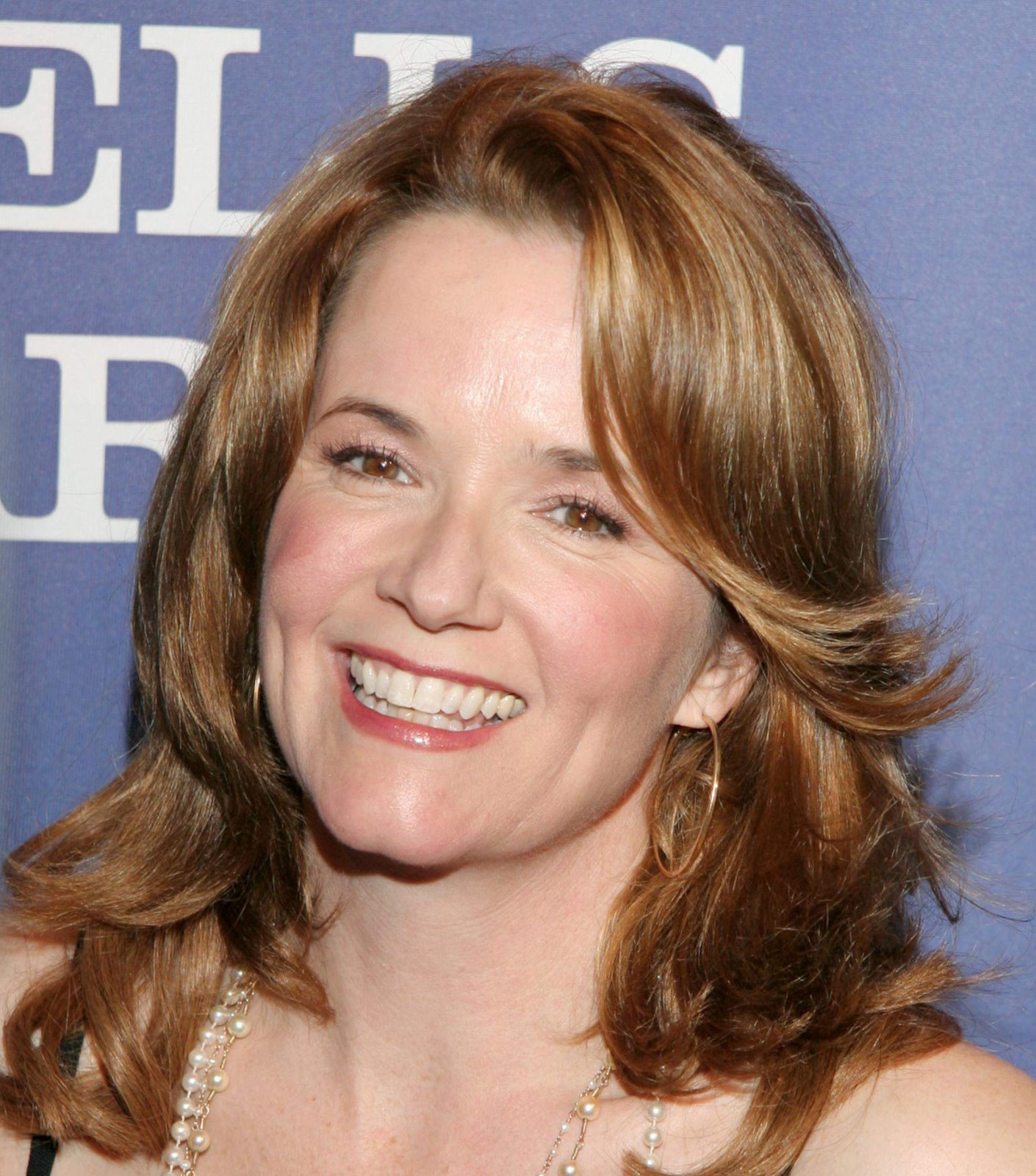 Lea Thompson - Actress Wallpapers