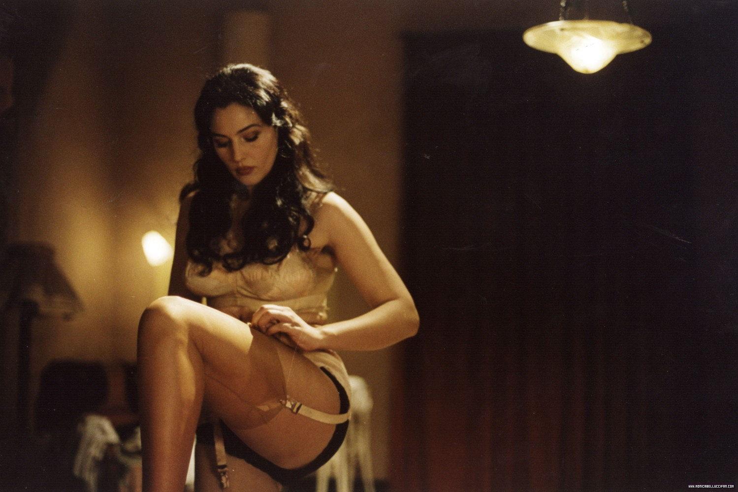 порно секс моники белуччи
