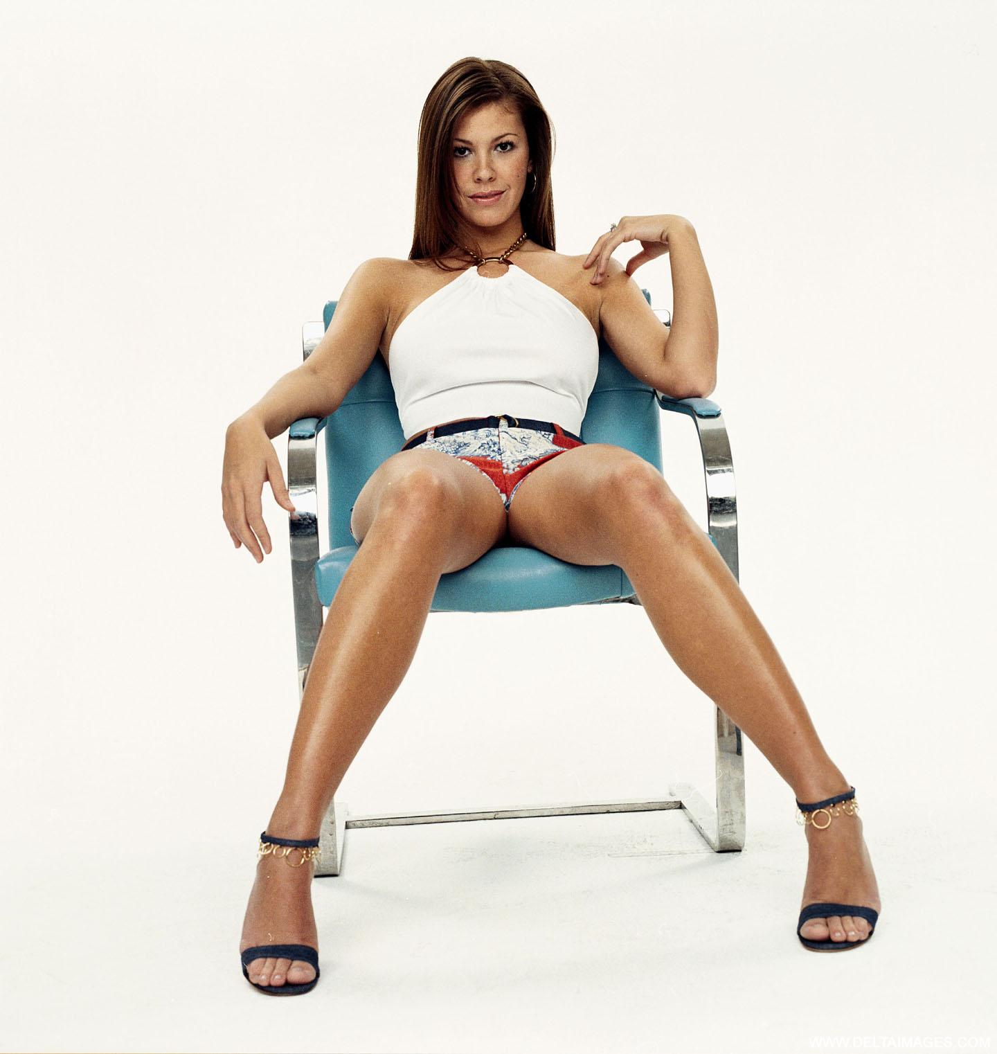 Nikki Cox Nude Pics & Videos That