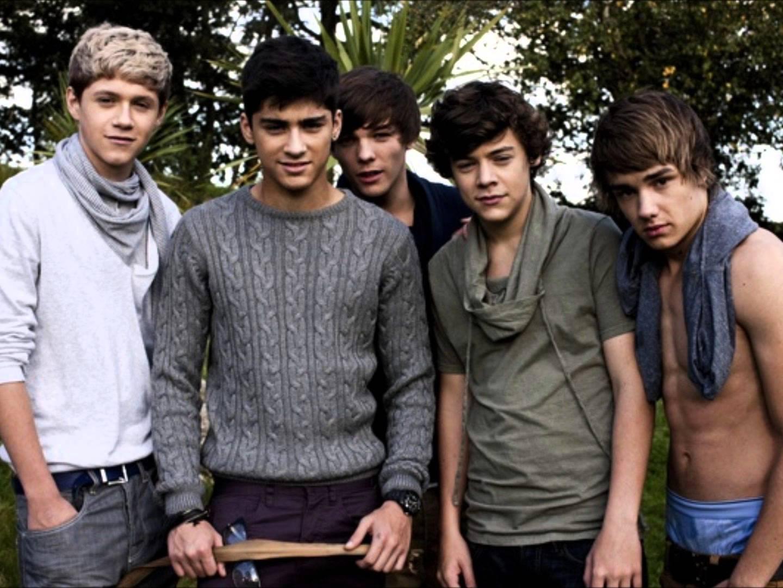Группа One Direction презентовала в Лондоне документальный фильм о самих себе.