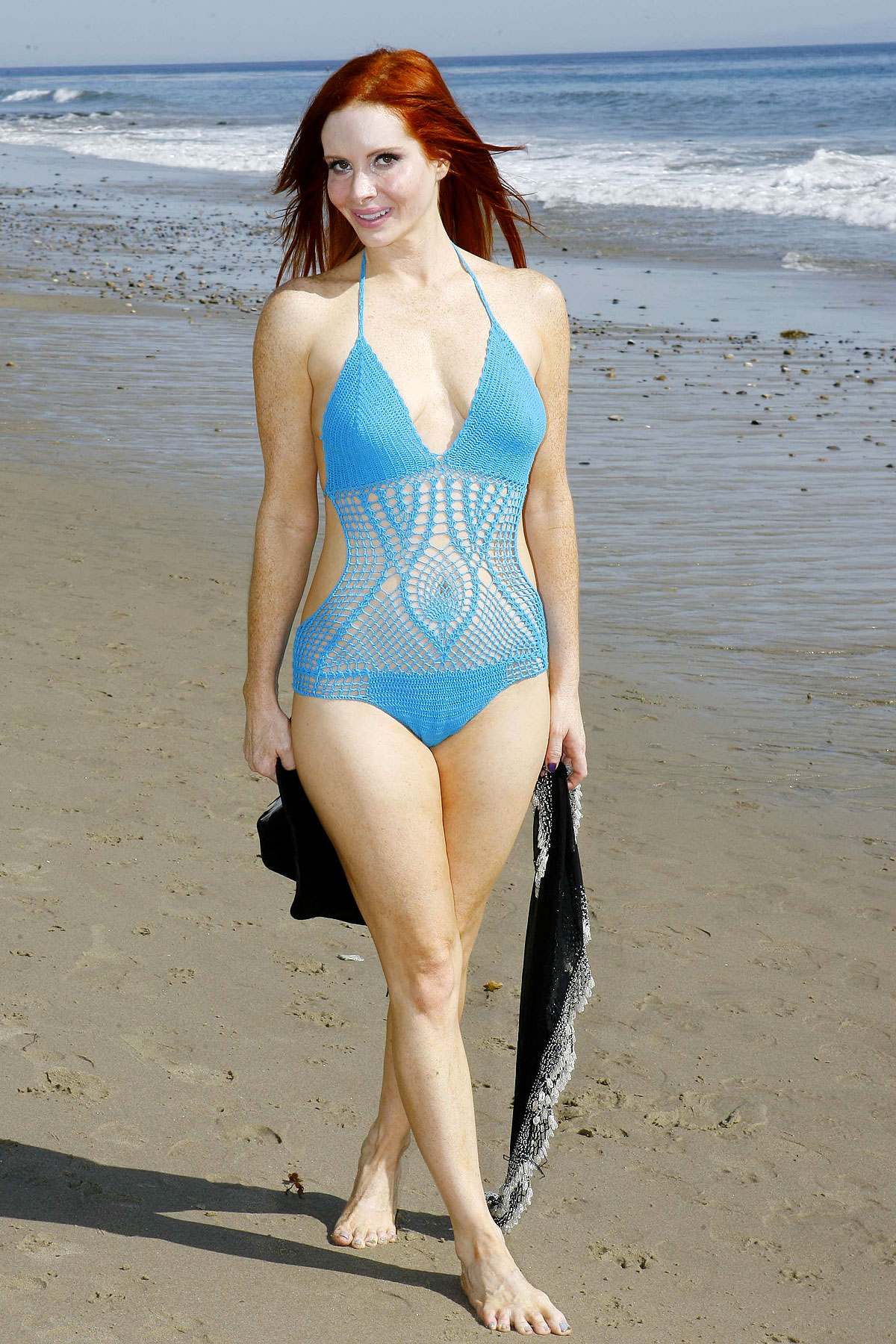 phoebe price pictures