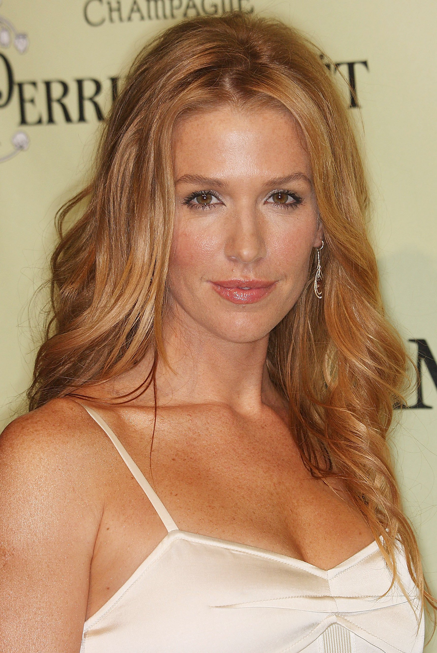 poppy montgomery tattoo