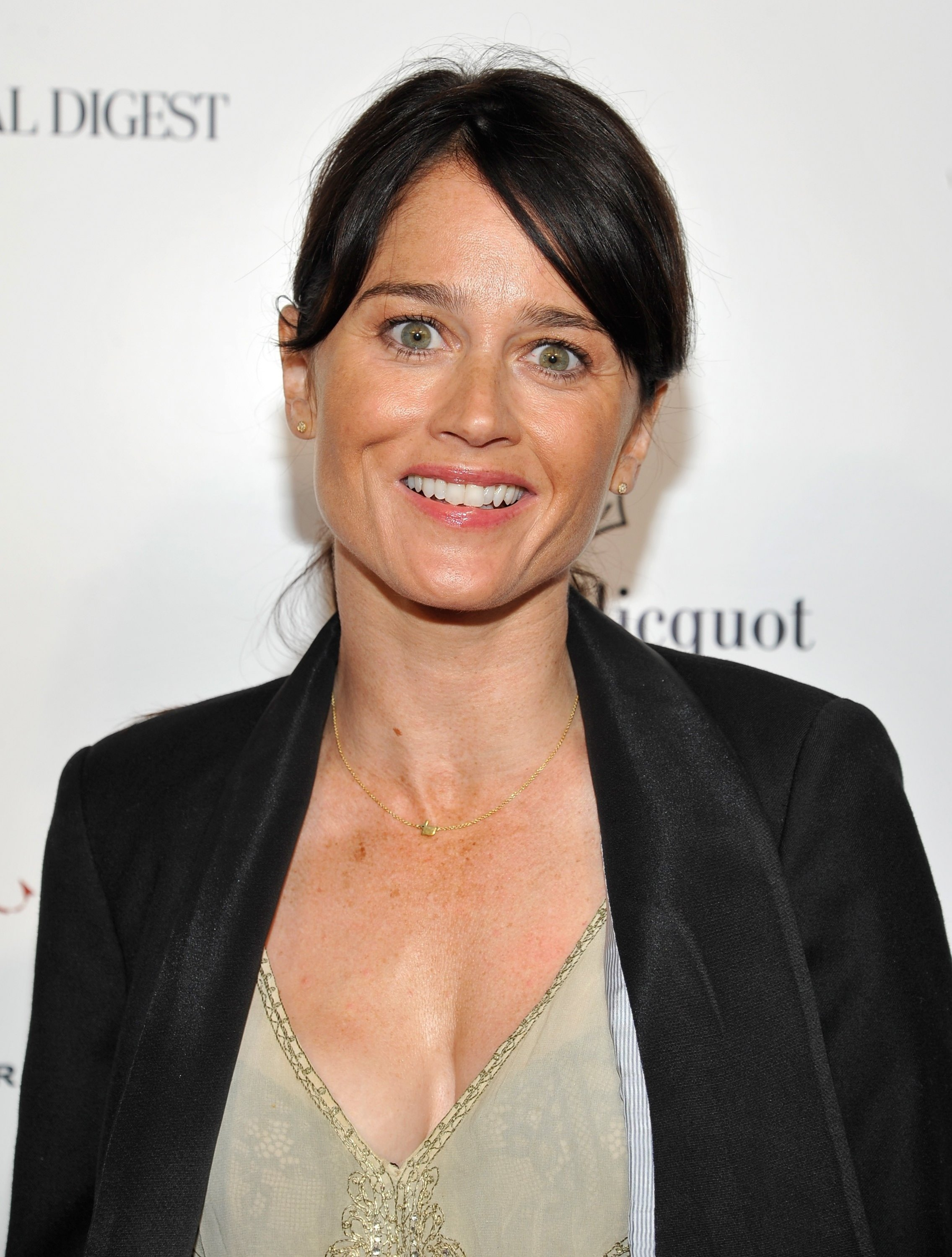 robin tunney twitter official