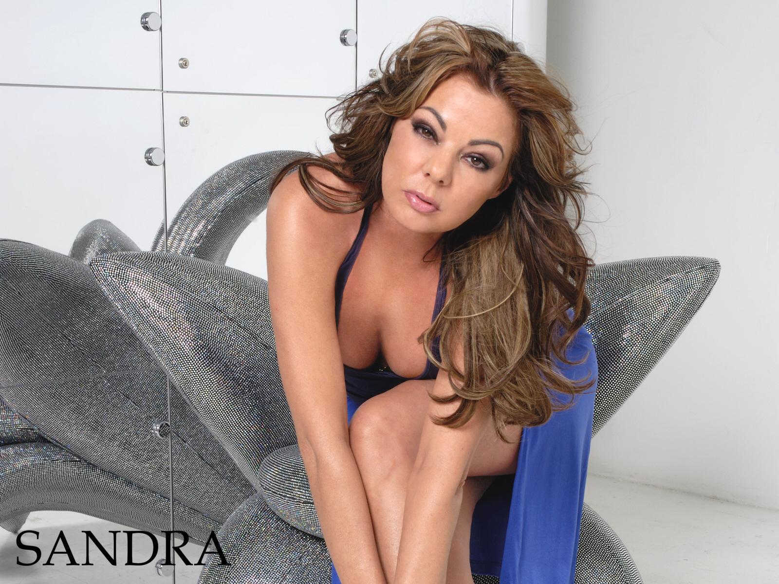 Сандра нова ролики 21 фотография