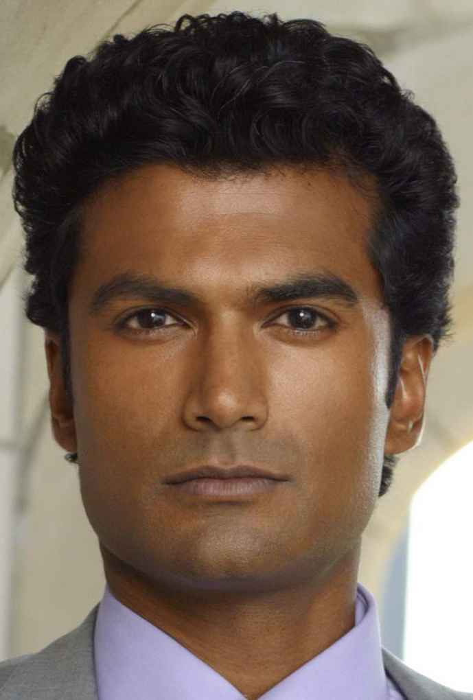 sendhil ramamurthy handsome