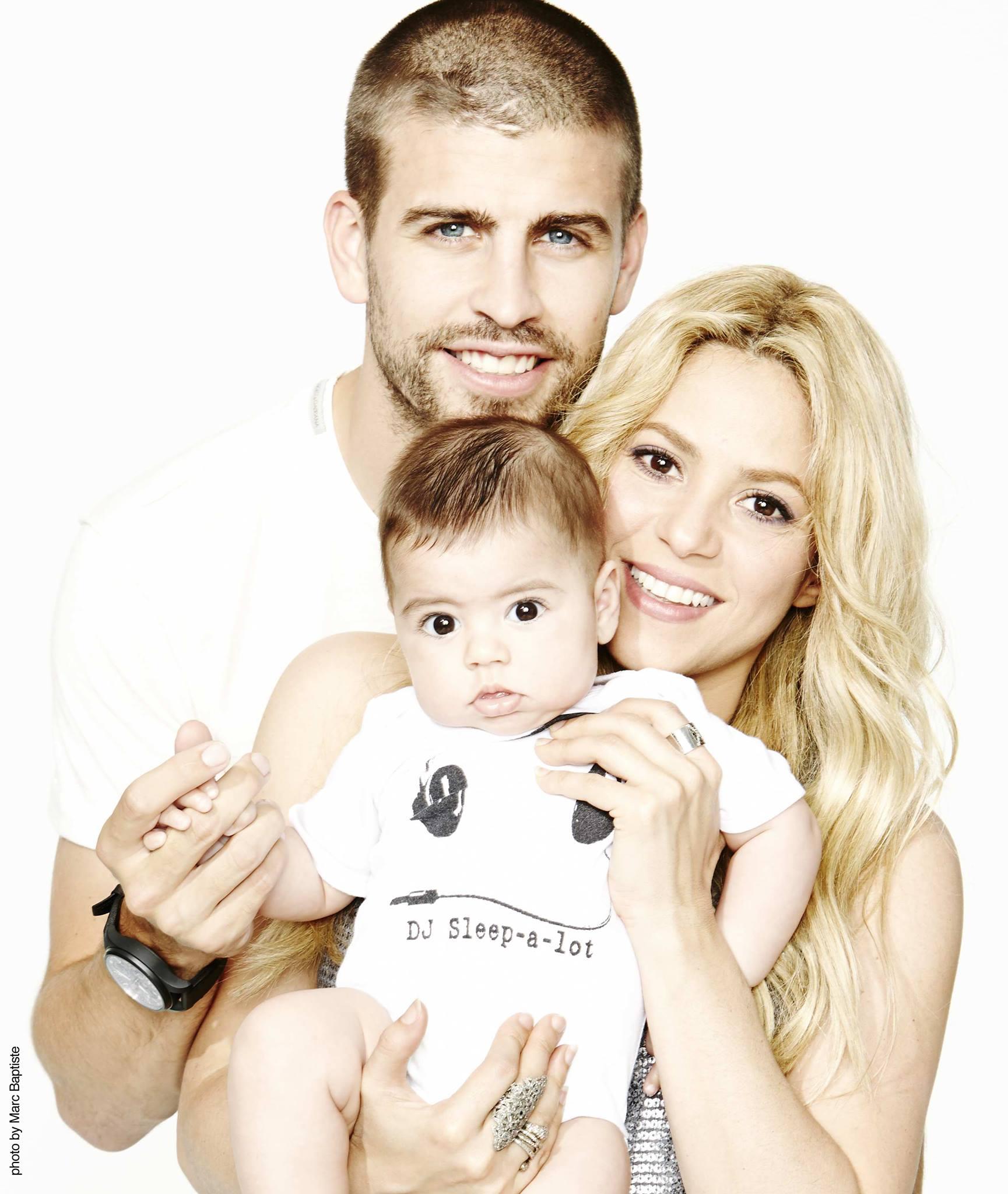 Сын в форме бразилии с мамой 5 фотография