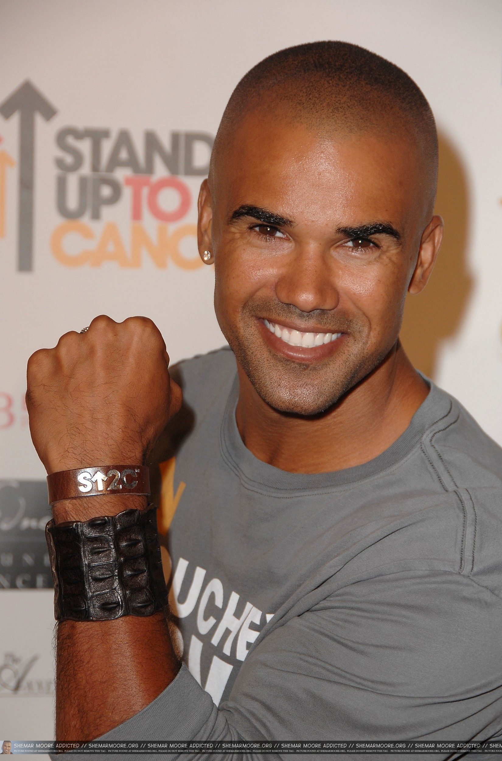 http://www.theplace.ru/archive/shemar_moore/img/88-1.jpg