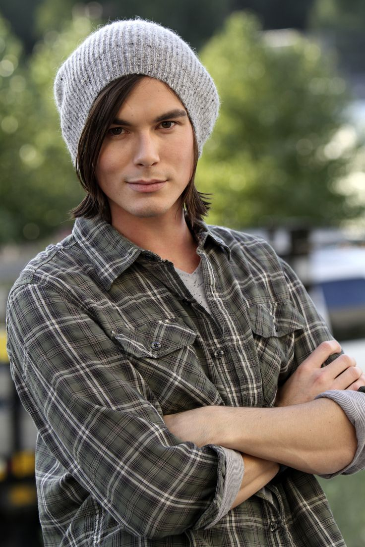 tyler blackburn and ashley benson relationship