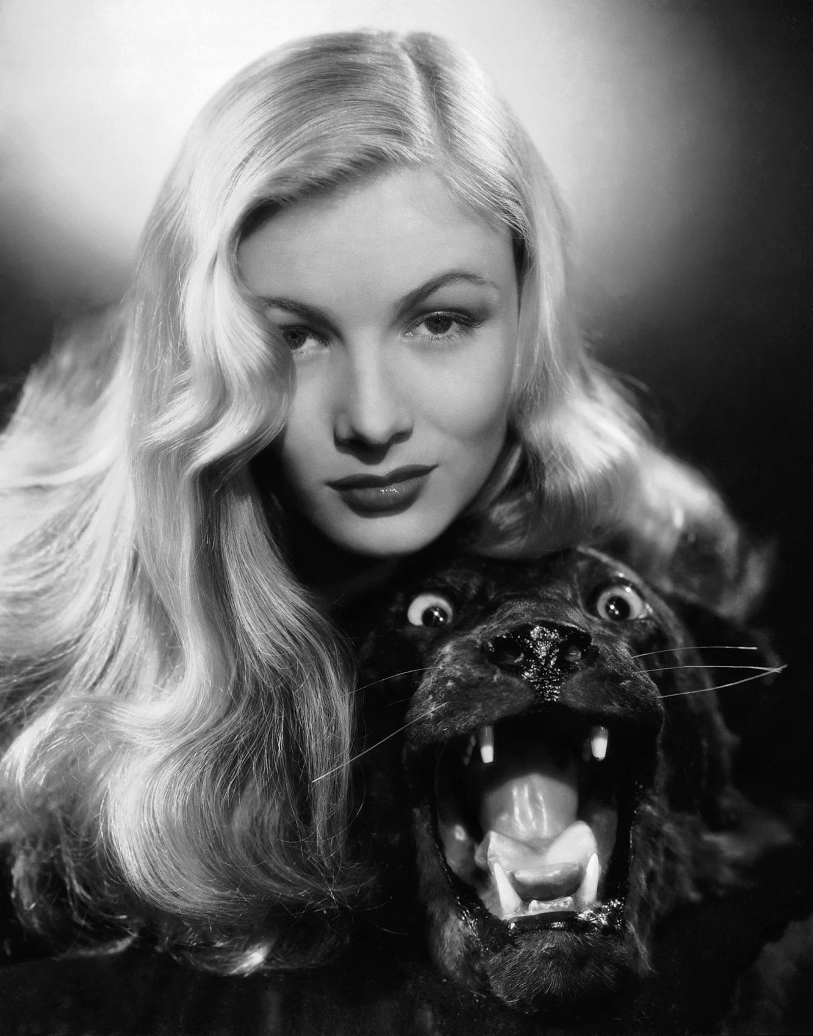 veronica lake wings