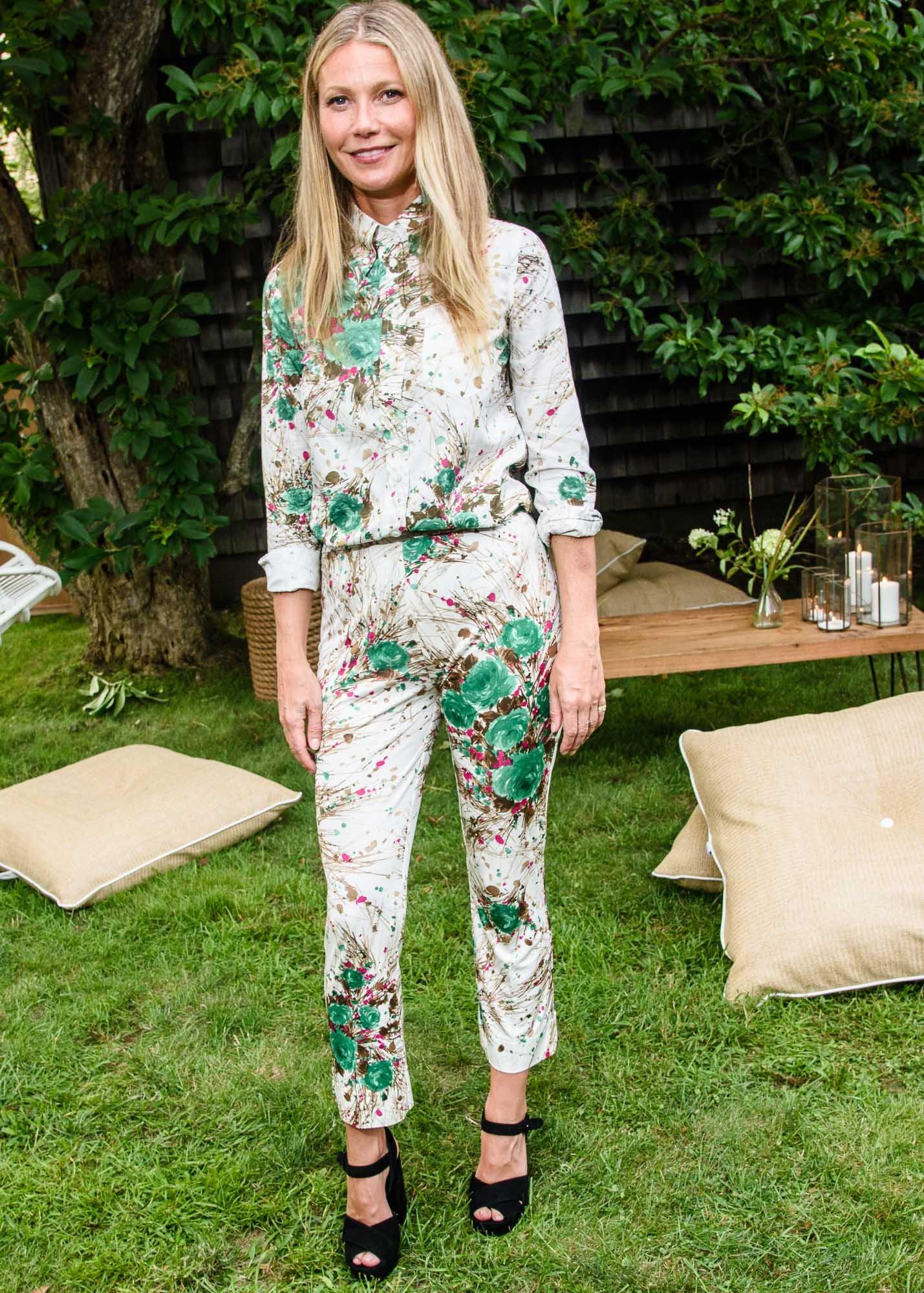 676683e9286 Summary -  Gwyneth Paltrow Floral Jumpsuit In Mexico Popsugar Fashion