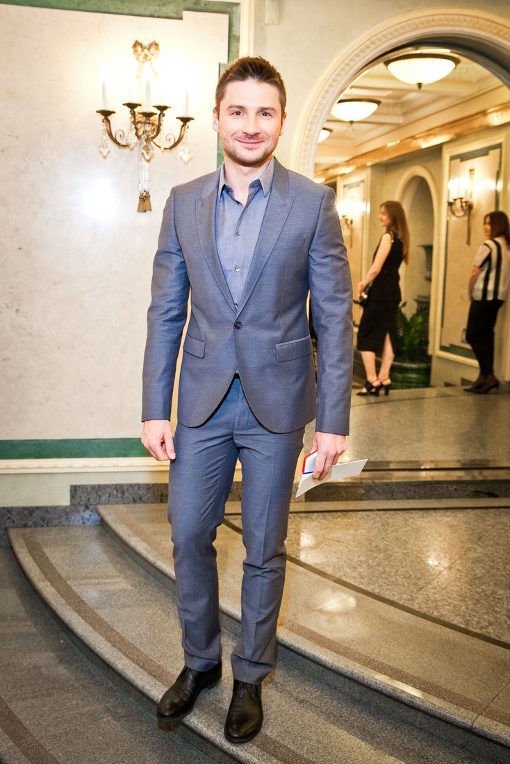 http://www.theplace.ru/archive/sergey_lazarev/img/g_1a8cd24d77f476d7b3372ce2f236393c_2.jpg