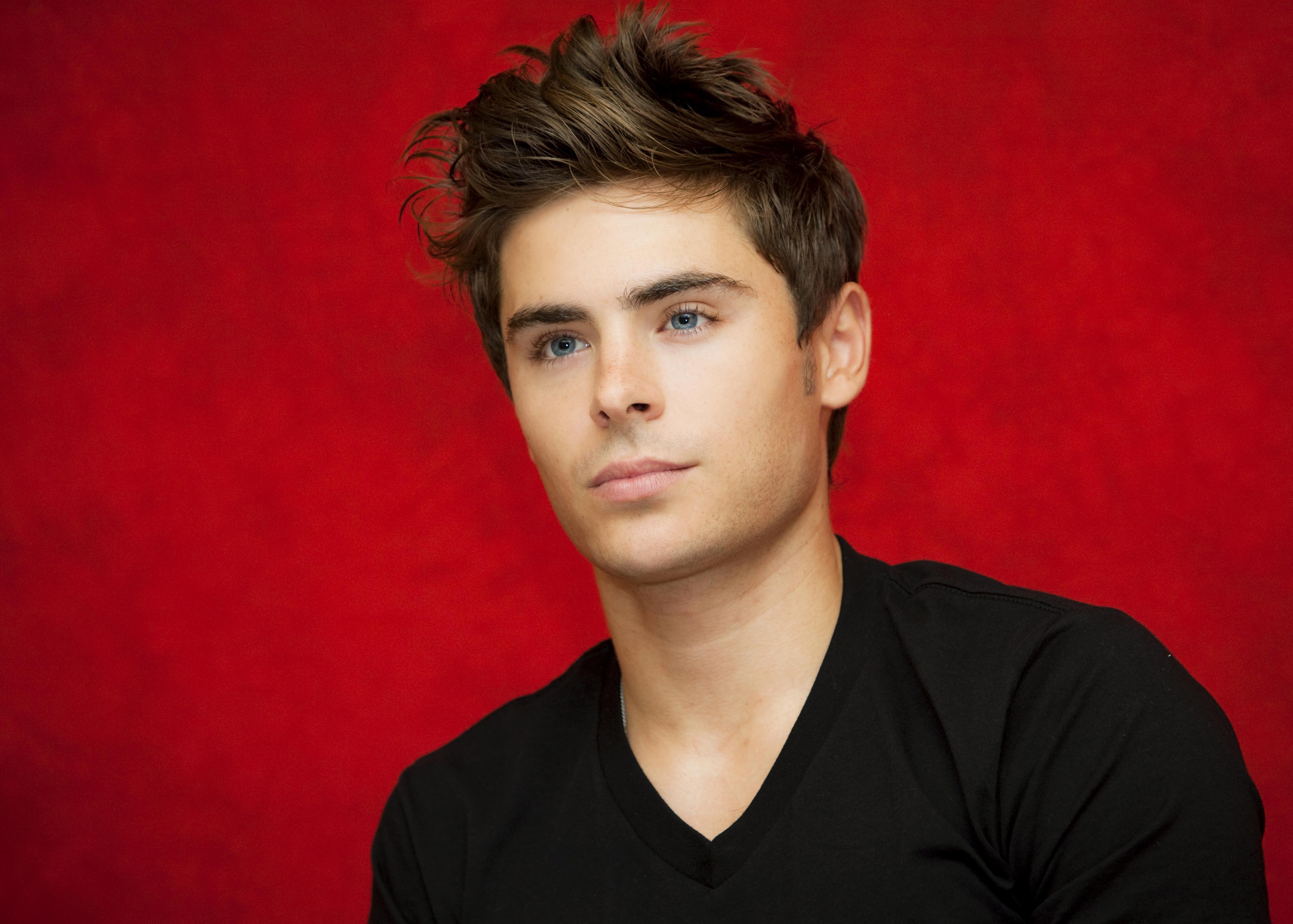 The latest Tweets from Zac Efron ZacEfron Traffic these days httpstco6vi4UKaGtr