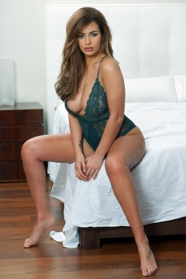 Holly Peers фото №892543