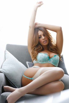 Holly Peers фото №893244