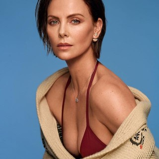 Charlize Theron инстаграм фото