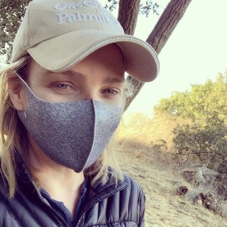 Laurie Holden инстаграм фото